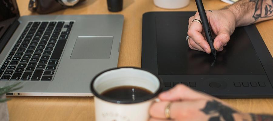 mesa digitalizadora como ferramenta home office para fotografo ou designer